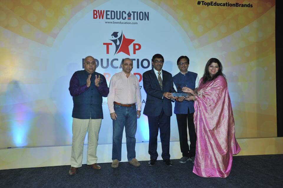 Primary school franchise in India, Awards